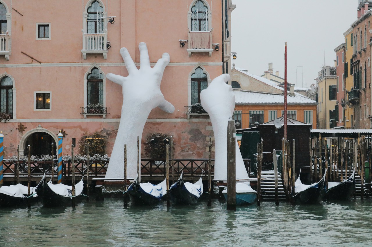 Giant Hands, called Support, in a rare snowy event in a floating city of Venice.jpg