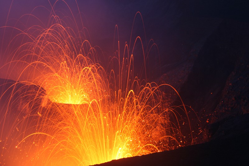 Double strombolian explosions at Mt. Yasur volcano, Vanuatu (2011) (Credit: Jean-Guillaume Feignon distributed via imaggeo.egu.eu)