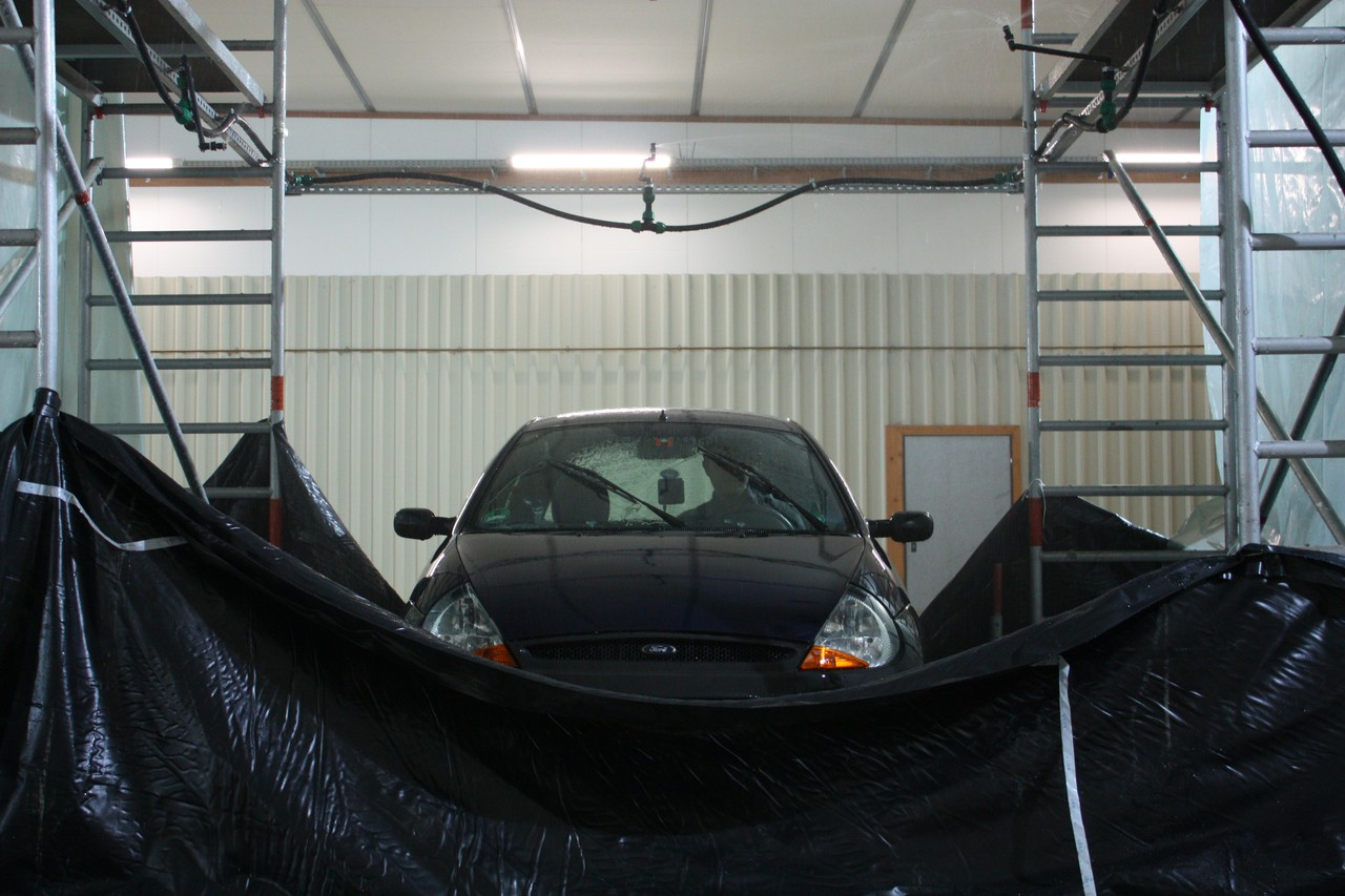 A car tested under a rain simulator (Credit: www.ikg.uni-hannover.de, Daniel Fitzner)