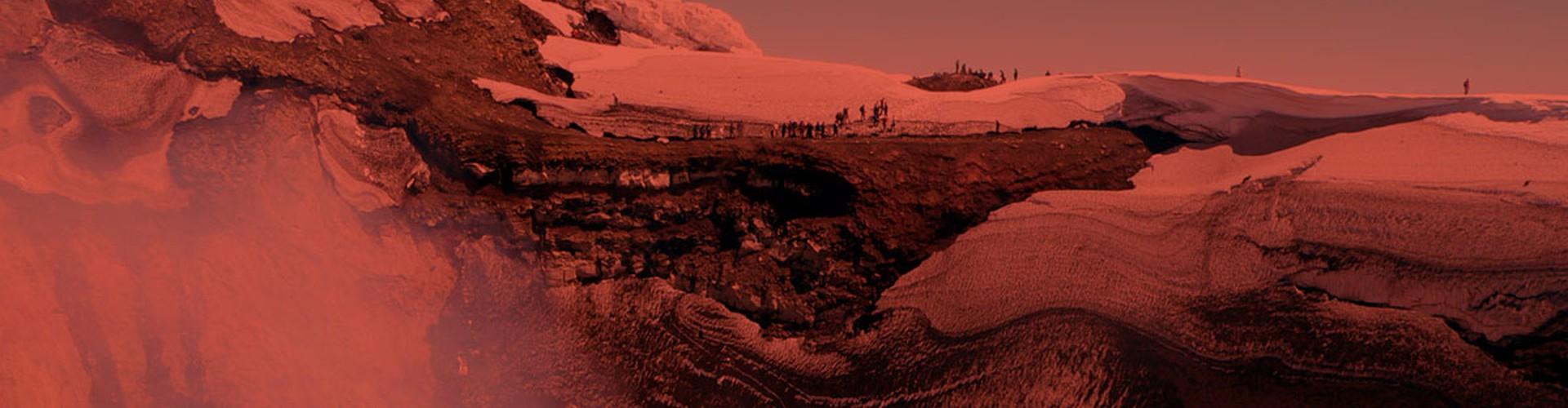 IAVCEI fieldtrip participants at Villarrica crater rim (Credit: Dávid Karátson, distributed via imaggeo.egu.eu)