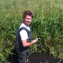 Rolf Hut testing the temperature-sensing waders in the field (1)