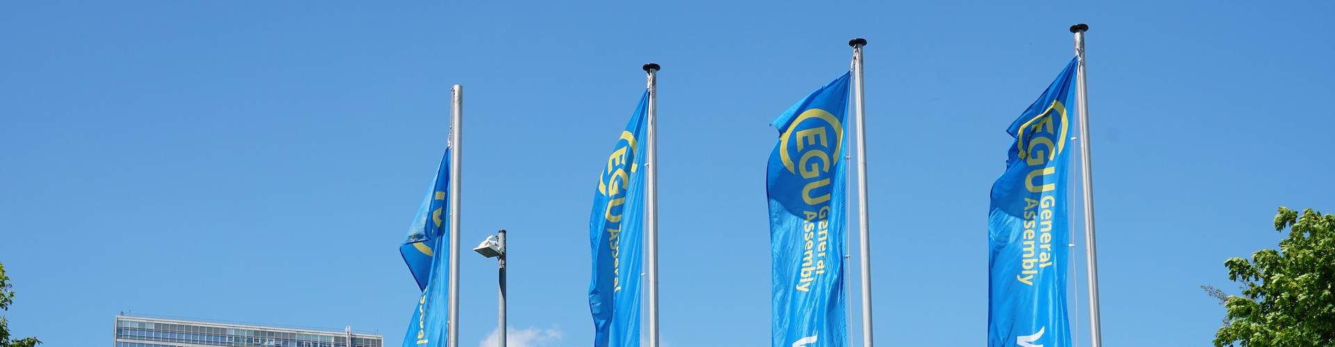 EGU flags (Credit: EGU/Foto Pfluegl)