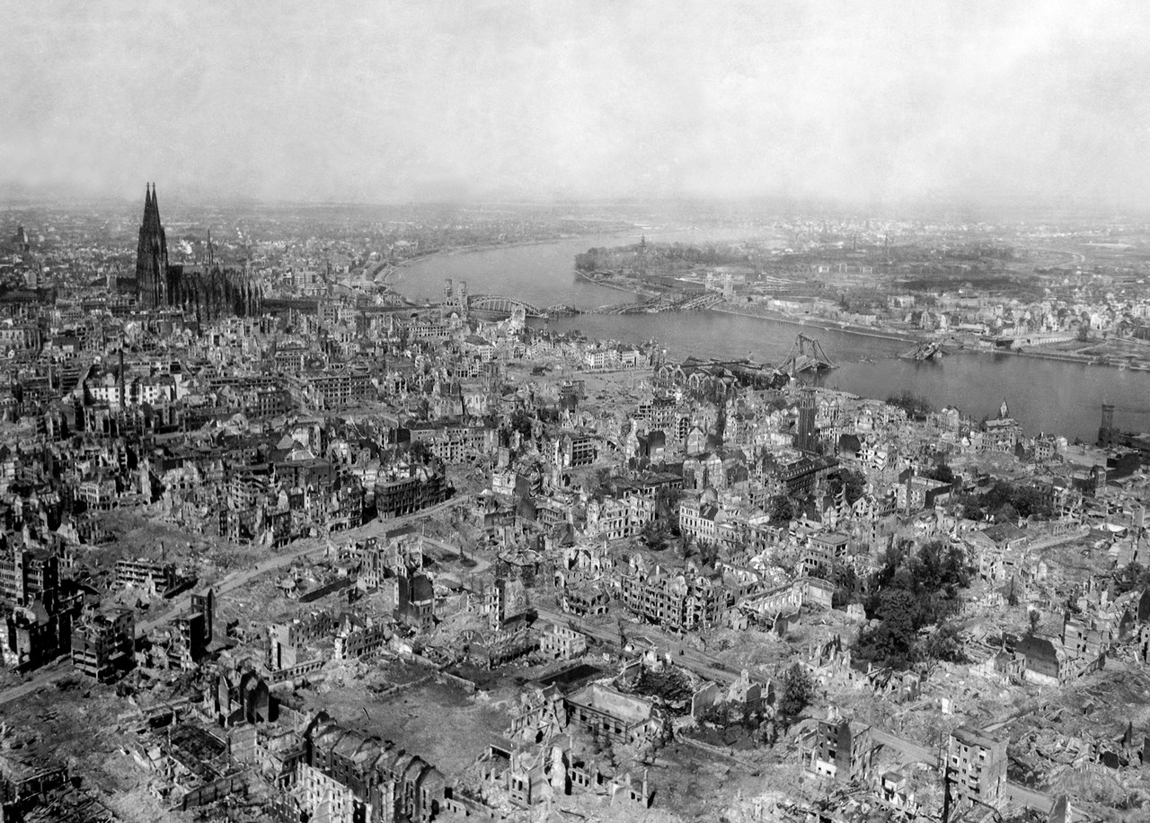 Bombing of Cologne, Germany, on 24 April 1945