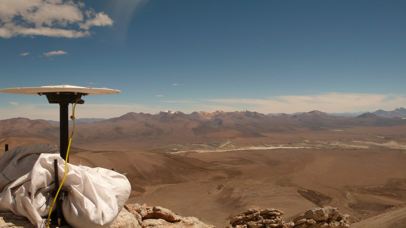 Trimble at 5300 m (Credit: Nicolas Le Corvec, distributed via imaggeo.egu.eu)
