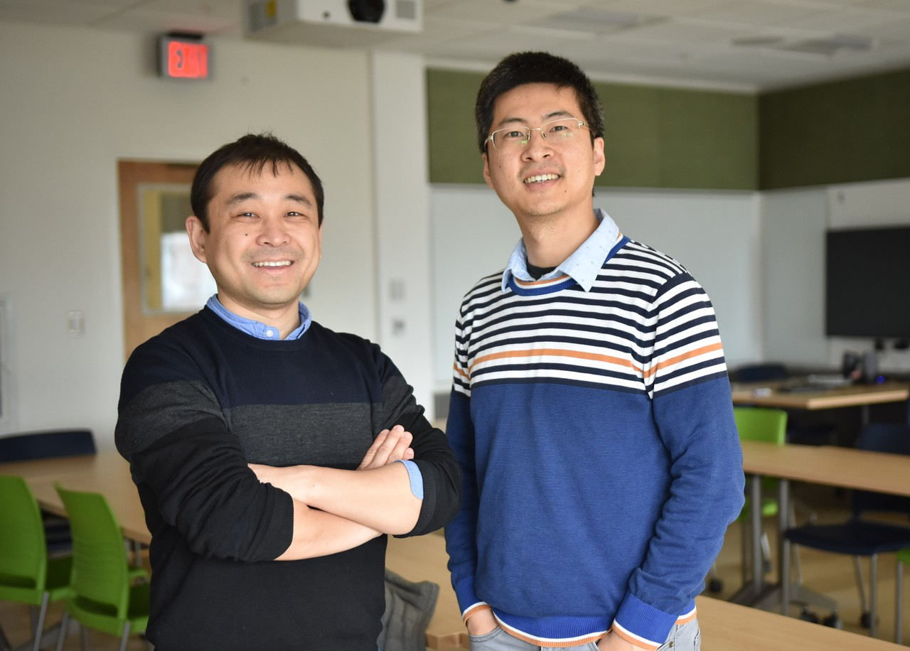 Kaiyu Guan (left) and Chongya Jiang at the University of Illinois (Credit: CABBI/University of Illinois at Urbana-Champaign)
